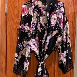 New Torrid Floral Night Robe